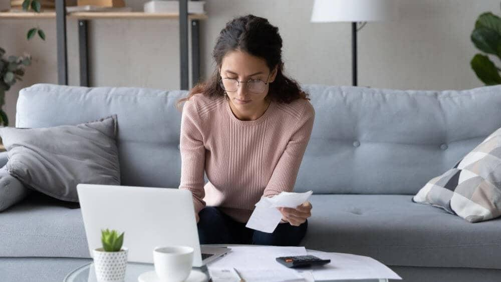 How to calculate debt-to-income ratio?